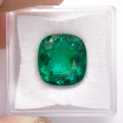 9.26 карат, зеленый, колумбийский изумруд, подушкообразной формы, мелкие, GUBELIN