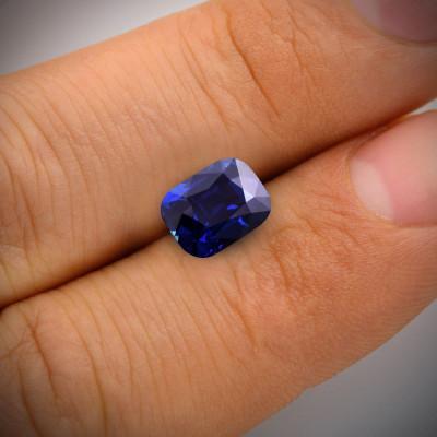 2.47 карат, королевский синий, Бирманский Сапфир, форма валика, никаких доказательств повышения тепло, гр