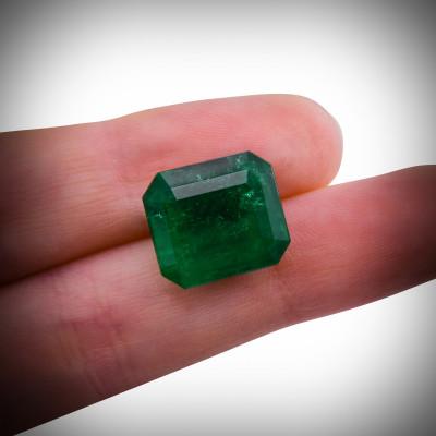 10.27 карат, зеленый, колумбийский изумруд, изумрудно-формы, мелкие, GUBELIN