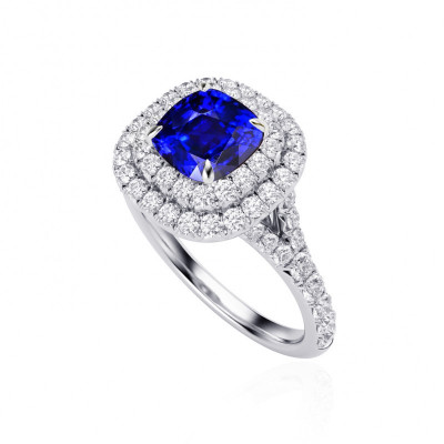 Royal Blue Sapphire & Diamond Engagement Ring (3.56Ct TW)