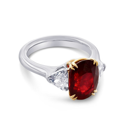 Mozambique No Heat Ruby Three Stone Ring (5.11Ct TW)