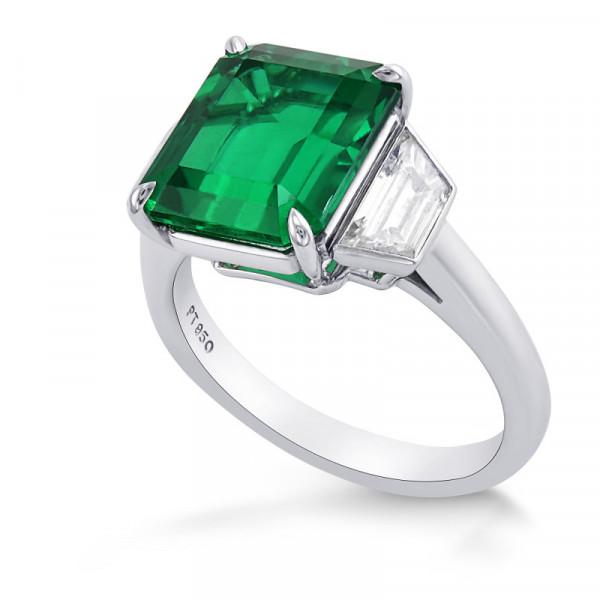 Extraordinary Emerald and Diamond 3 Stone Ring. (4.99Ct TW)