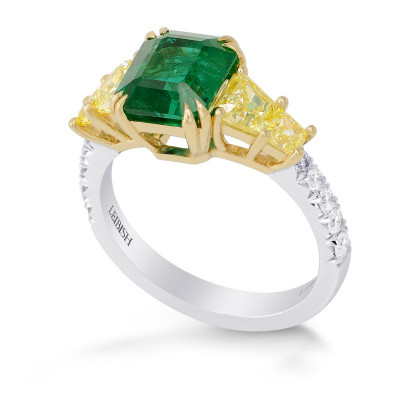 Emerald shape Green Emerald Gemstone  Mix Side Stones Ring (3.70Ct TW)