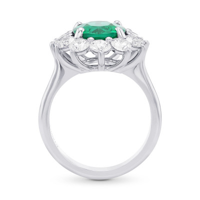 Oval Green Emerald and Diamond Halo Ring (4.88Ct TW)