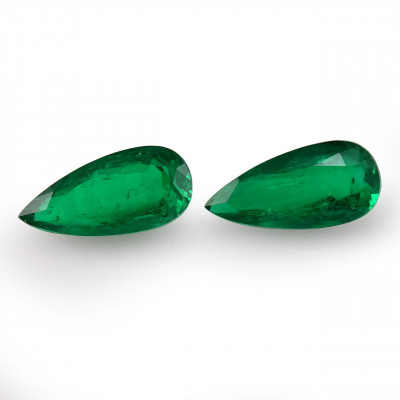 9.51 карат, зеленый, колумбийский изумруд, грушевидной формы, мелкие, GUBELIN
