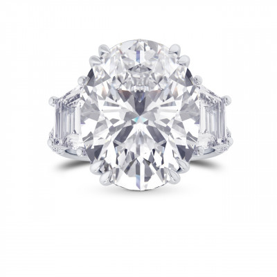 Oval and Trapezoid Diamond Side Stone Ring (4.00Ct TW)