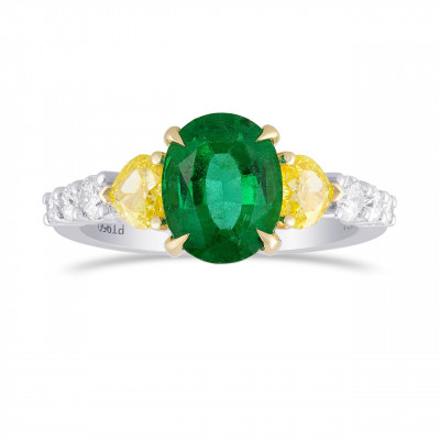 Oval Green Emerald Gemstone and Mix Diamonds Side Stone Ring (2.50Ct TW)